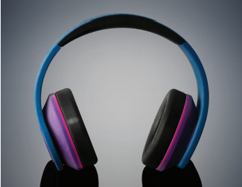 Full headphone model was printed in one piece