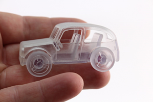 Little car printed in VeroClear