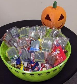 TriMech Halloween Lollipop Basket