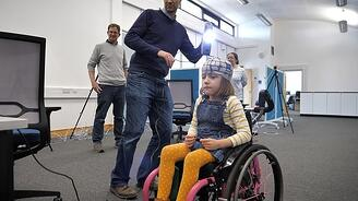 Imogen being scanned with Artec Eva