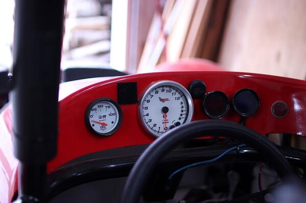 Thunder Roadster Dashboard